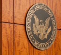 U.S. SEC's Piwowar Urges Companies to Pursue Mandatory Arbitration Clauses