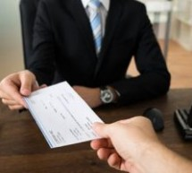Pay Day—Breakdown of Financial Advisor Salaries and Perks